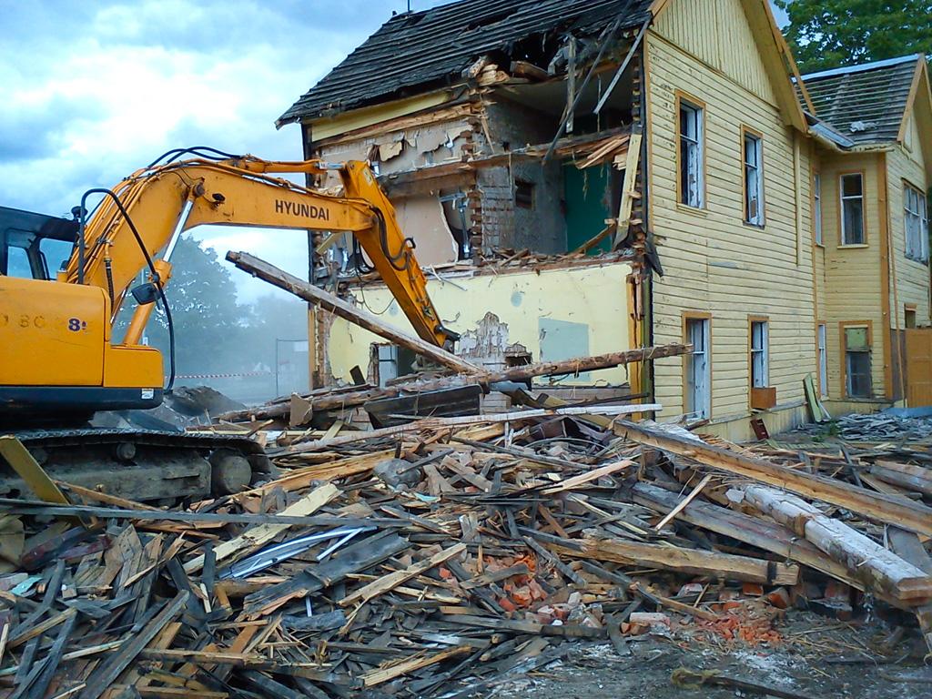 Kohila jaamahoone lammutamine